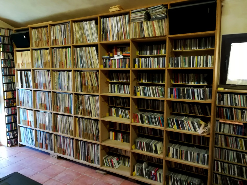 Stefano Isidoro Bianchi room of records (after having shipped all the Blow up magazine copies (January 2018 issue).